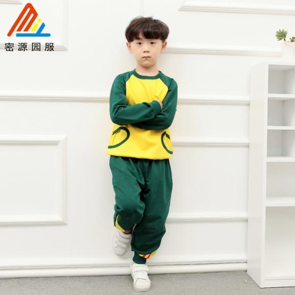 秋季幼儿园运动服